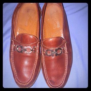 SALVATORE FERRAGAMO Men's EE (Wide Width) Loafers